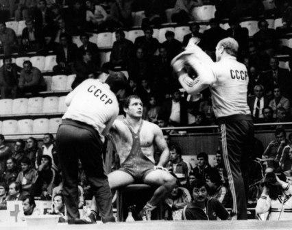 Аслан ХАДАРЦЕВ был лидером и всеобщим любимцем в сборной СССР.