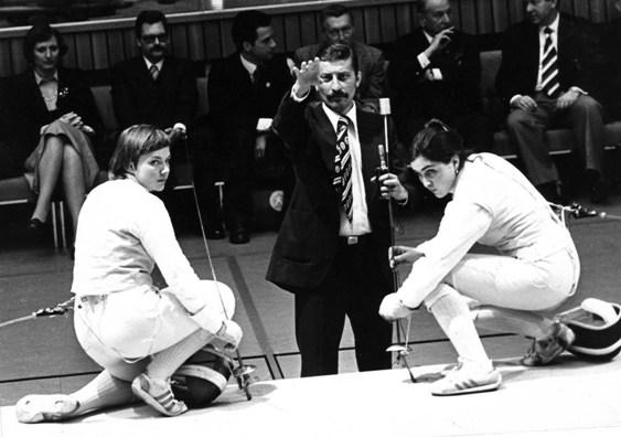 Когда соперницы не справлялись с Цагараевой, они просили взвесить ее оружие.