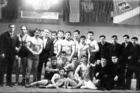 Прославленная плеяда борцов Осетии двадцатого столетия.