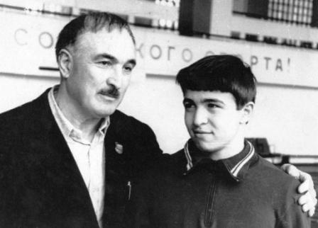 Отец и сын - Асланбек Захарович и Таймураз ДЗГОЕВЫ.
