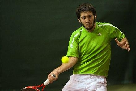 Мирный Кавказ посредством большого тенниса