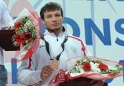 Губернатор Тюменской области пожелал Рустаму ТОТРОВУ удачи и новых побед