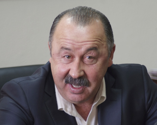 Валерий ГАЗЗАЕВ: «За медали в премьер-лиге побьются пять команд»