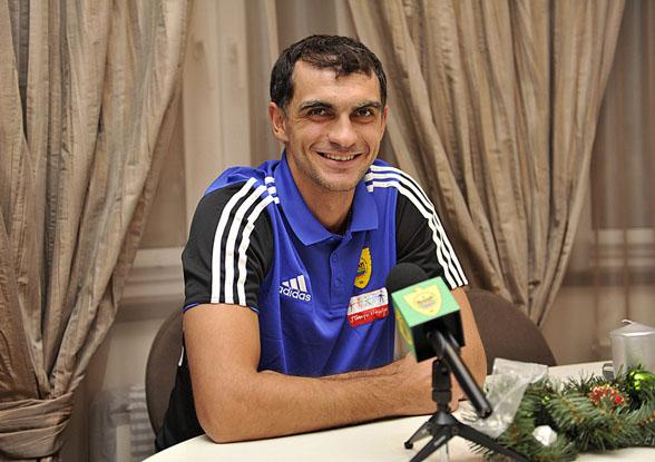 Владимир ГАБУЛОВ: «Я очень голоден до побед и пришел в «Анжи» именно за ними!»
