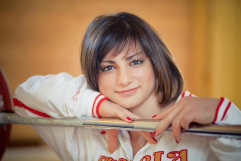 Светлана ЦАРУКАЕВА – лучшая по версии журнала «World Weightlifting»