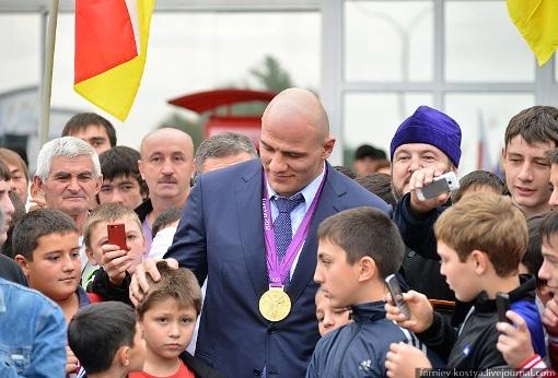 Артур ТАЙМАЗОВ вернулся в Северную Осетию