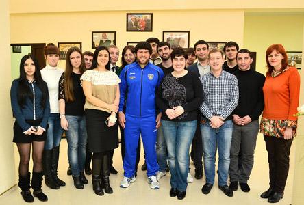 Хаджимурад ГАЦАЛОВ подарил положительные эмоции студентам из Сочи