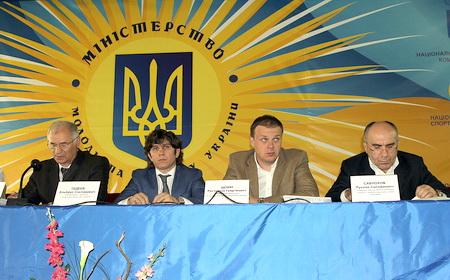 Эльбрус ТЕДЕЕВ снова избран президентом