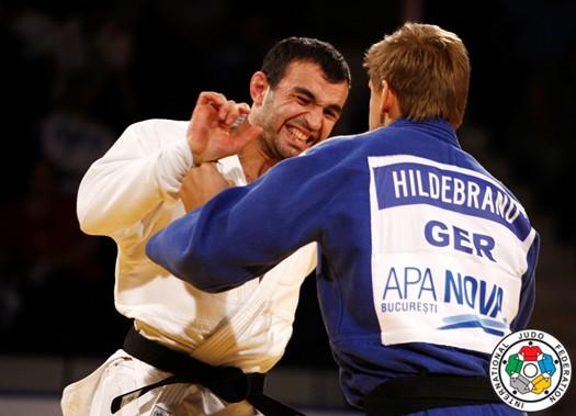 Мурат ГАСИЕВ (в белом кимоно) вышел на финал как на последний бой.