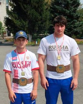 Tusk+Goga-Vlad-z