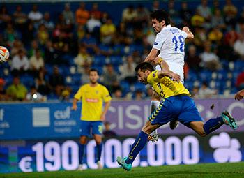 Владимир ГАБУЛОВ помог «Динамо» одержать в Португалии очередную победу